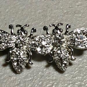 Jewelry - Silver Tone Double Rhinestone Bee Pin
